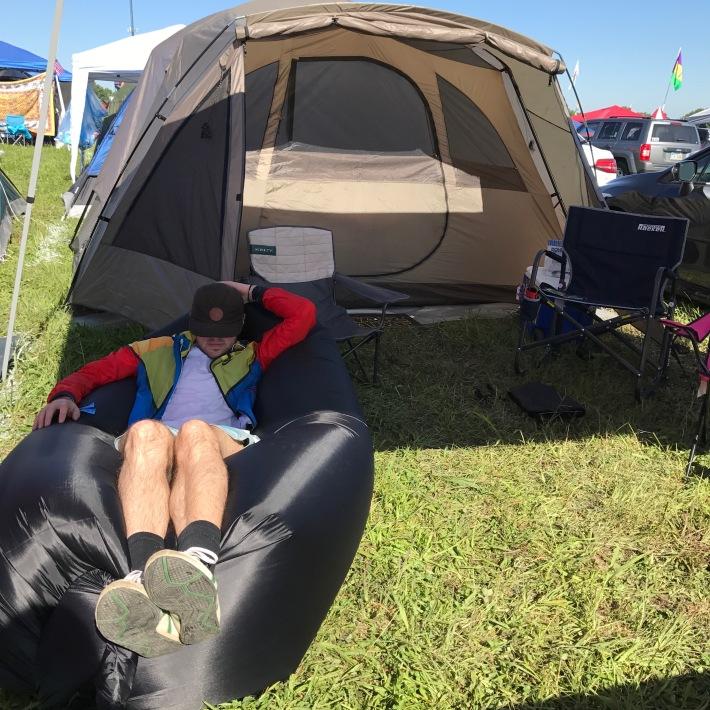 bonnaroo-campsite