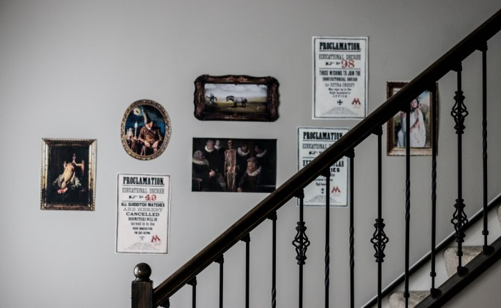 harry-potter-hallway-picture-decorations
