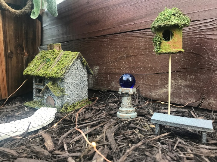 how-to-make-a-fairy-garden